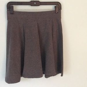 h&m grey skirt